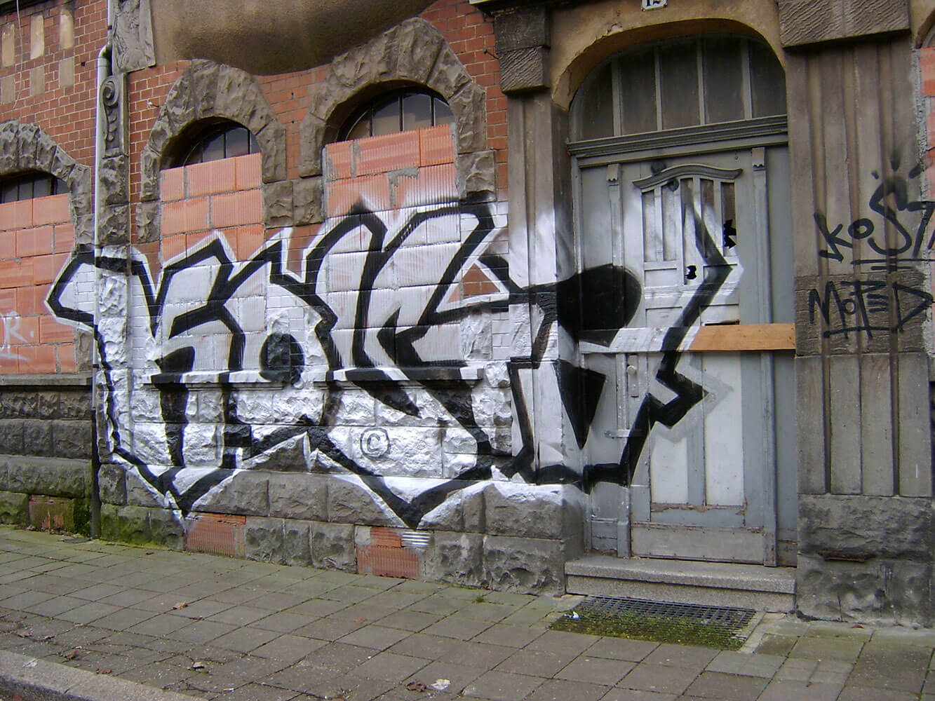 Graffiti Bombing Erfurt - Max Kosta 2009