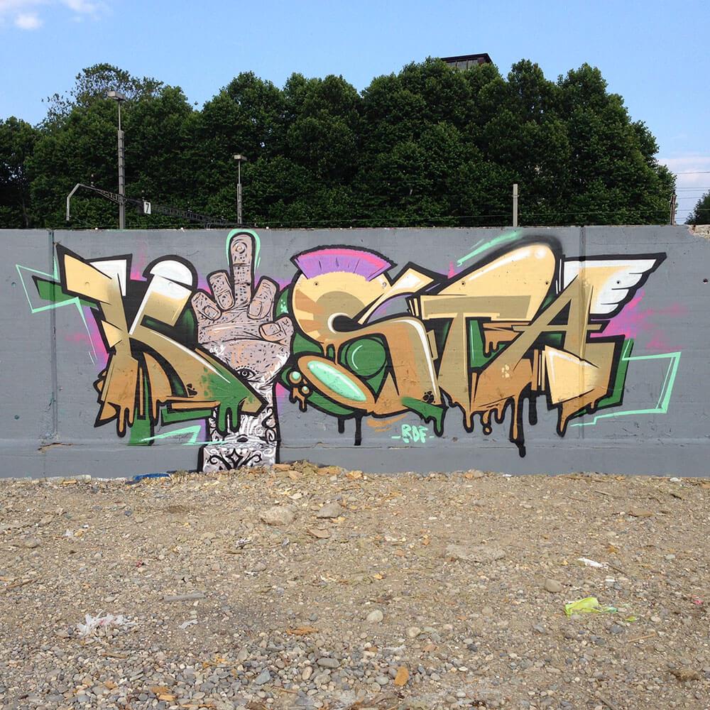 Graffiti in Basel Landestelle - Max Kosta 2014