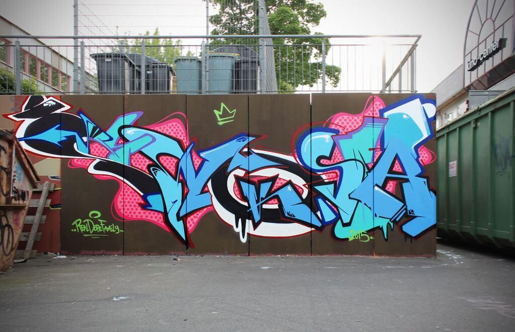 ZWO KOSTA Graffiti on hall of fame Pab 2015